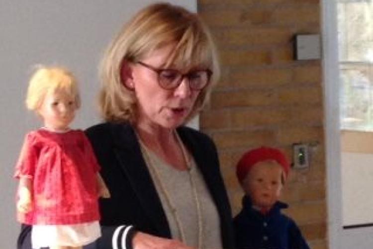 Z Martina Fesser stellte Margarete Steiff und ihre Puppen vor.
