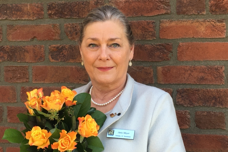 Gelbe Rosen zum Weltfrauentag