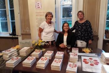 ZONTA-Präsidentin Astrid Andresen, Buchhändlerin Tina Krauskopf, Journalistin Julie von Kessel